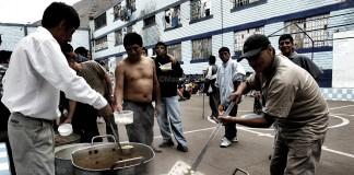 Hurtado Pozo: «El riesgo no es transformar las prisiones en bombas de tiempo (que ya lo son), sino provocar la eclosión»